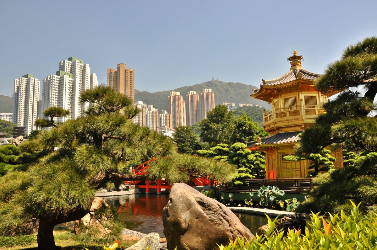 Hong Kong – a City between Western and Asian Culture