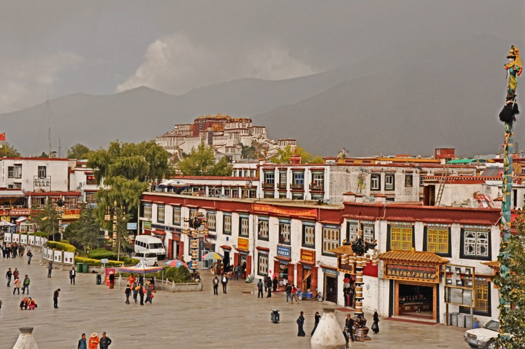 Lhasa, old town with Potala Palace