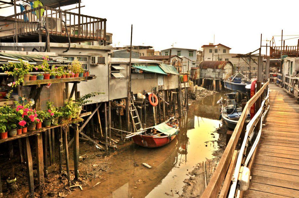 Stilt Houses in Tai O, walkway through the village